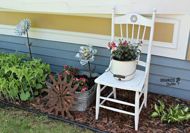 Changing Up My Junk Garden Vignettes & Plantings – plants