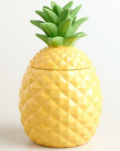 Tropical pineapple ceramic jar: http://www.completely-coastal.com/2016/05/coastal-nautical-kitchen-gadgets.html The perfect cookie jar!