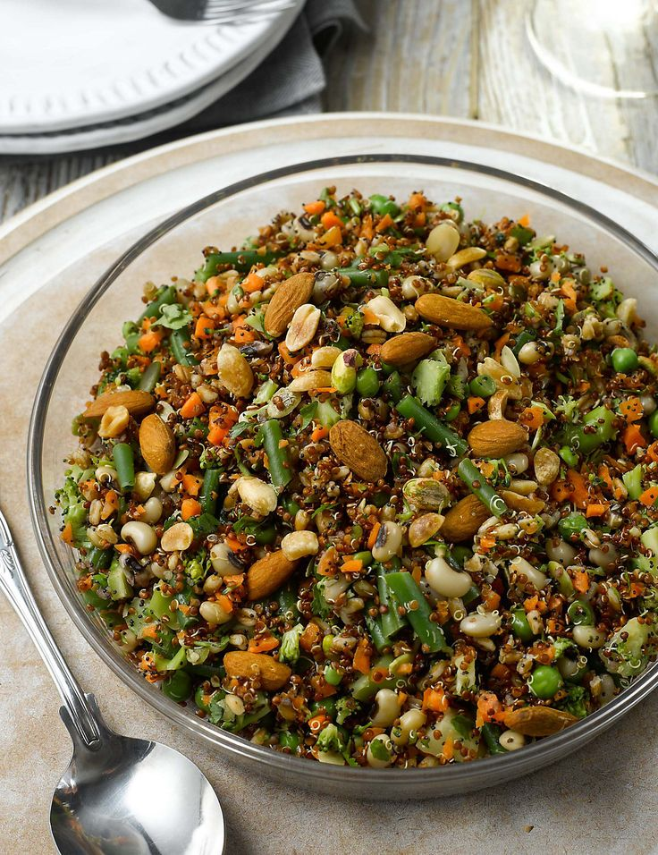 With fresh green beans, peas, broccoli, carrots, black-eyed beans and quinoa with peanuts, almonds and pistachios, this delicious salad is d...