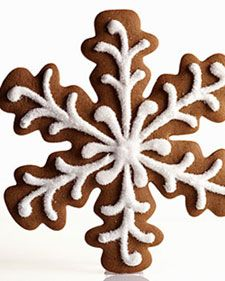 I've made these before and they are amazing. This seven-inch flake, prettier than a gingerbread house or a gingerbread man, is big enough to share -- but who really wants to? Sanding sugar atop piped royal icing gives it an icy sheen.
