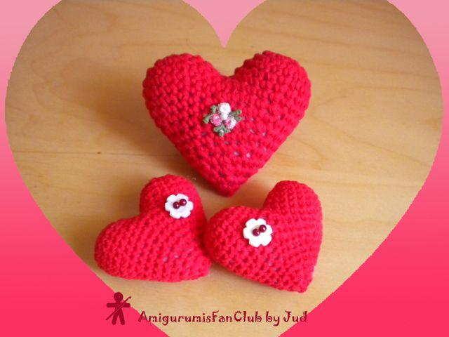 AmigurumisFanClub. Free pattern!!! https://www.facebook.com/photo.php?fbid=414692515284864&set=a.314789478608502.75247.310161399071310&type=3&permPage=1