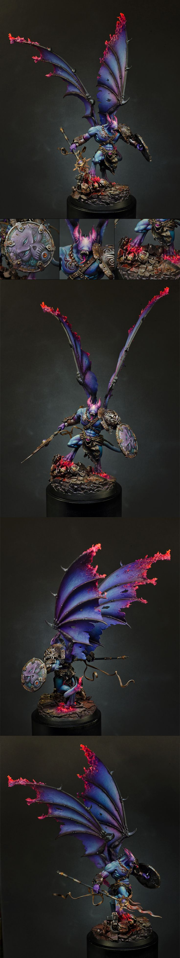 Warhammer 40k, Spectacular custom Chaos Deamon Prince of Tzeentch, clearly a powerful Sorcerer