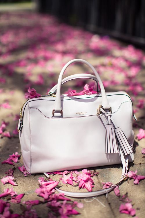 coach leather handbags outlet d7r0  Coach classisal light handbag