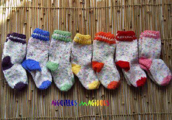 Chaussettes pour bébé de six mois - [Aiguilles magiques]
