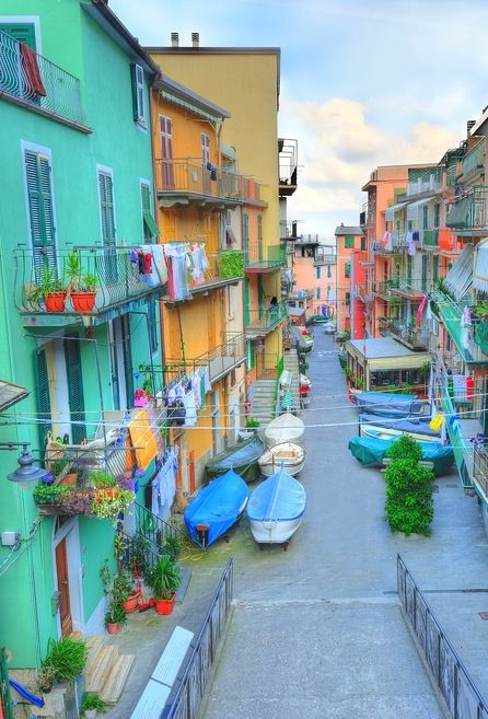 Picturesque villages of the Italian Riviera coast. #cinqueterra #Italy.One of my favorite places