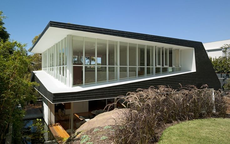 Skirt + Rock Extension House by MCK Architects