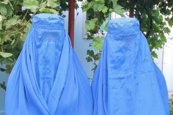 Pelarangan burqa: Hampir tidak ada perempuan di Perth memakai penutup muka kata Imam  CANBERRA (Arrahmah.com) - Komentar Perdana menteri Australia Barat soal burka bahwa burqa bukan bagian dari budaya Australia dan lebih baik jika tidak dikenakan adalah komentar abad pertengahan dan tidak berdasar karena hampir tidak ada perempuan Muslim yang mengenakan pakaian tersebut di negara bagiannya seorang pemimpin Muslim senior mengatakan dikutip ABC News pada Kamis (19/1/17).  Colin Barnett membuat…