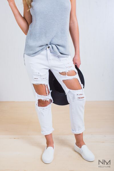 Page 10   Shop   Nelly & Me KRISTEN FRAYED JEANS WHITE $55.00