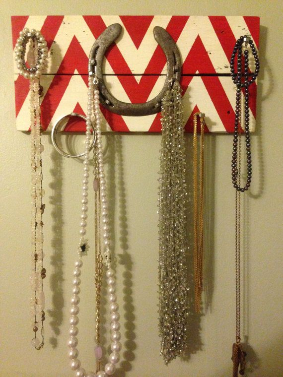Horseshoe Jewelry Organizer - Chevron Pattern via Etsy
