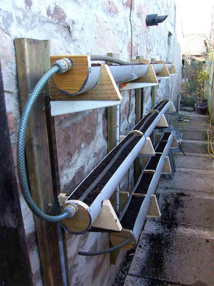 Jardineira de tubo horizontal