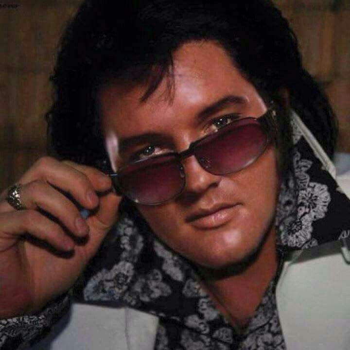 994 best Elvis we love forever images on Pinterest | Priscilla ...