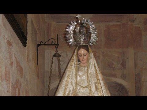 """""""Le ayuda en un baile"""", Prodigio 4 del Escapulario del Carmen. El Santo Cura de Ars tenía el don del discernimiento de conciencias y le hizo algunas preguntas a la joven sobre un hecho particular ocurrido en una fiesta a la que ella había asistido recientemente."""