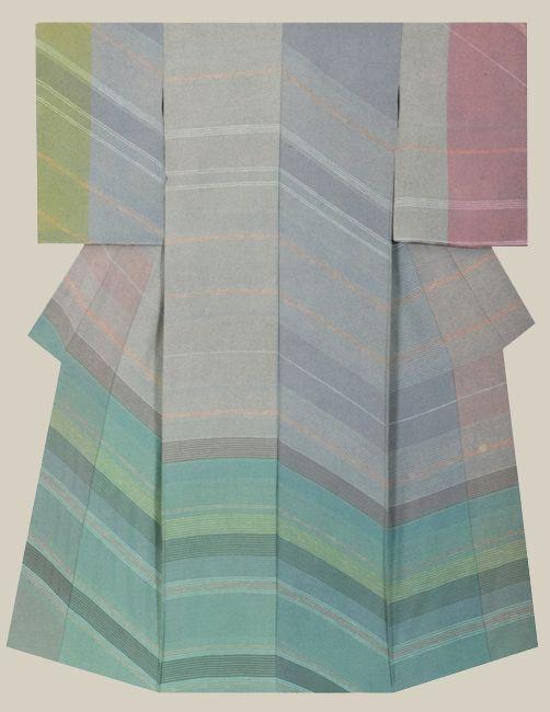 """Fukumitsu"", a kimono created by artist Ailly Kazuo. NHK Kyotohosokyoku length Award"