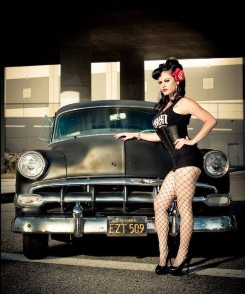 46 Best Classic Cars Pin Up Girls Images On Pinterest Pinup