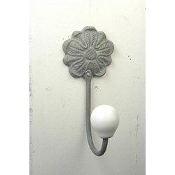Knagg grå blomst
