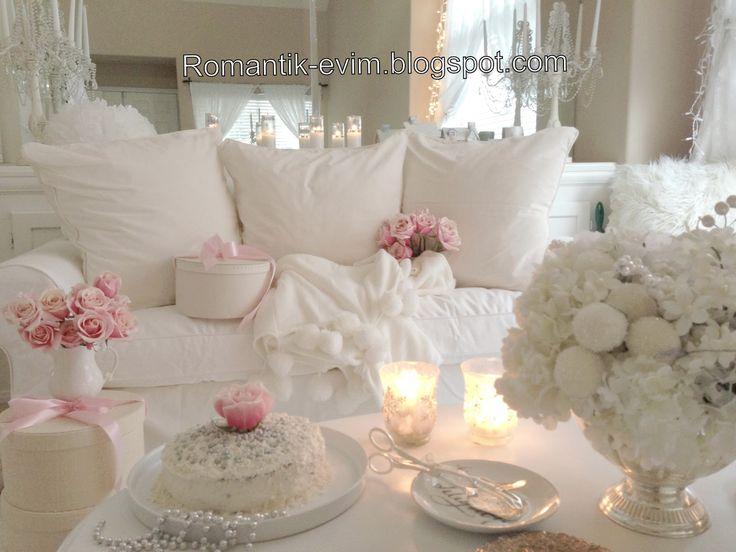 My Shabby Chic Home ~ Romantik Evim ~Romantik Ev: Romantik Ev:@ My Living  Room   Oturma Odasi Romantik Ev Salon
