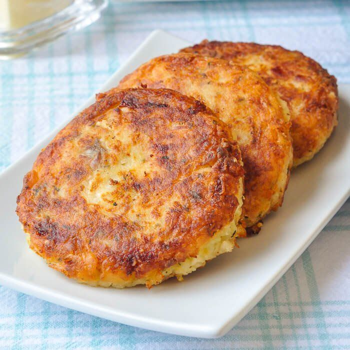 These traditional Newfoundland fish cakes have been made for countless generations using the most basic of ingredients like potatoes, salt fish and onions. #seafoodrecipes