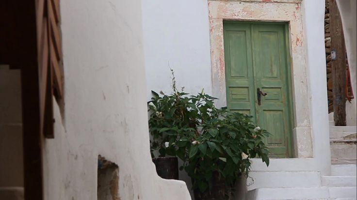Ios island architecture follow the simple yet elegant lines of Aegean architecture! Visit www.islandhouse.gr