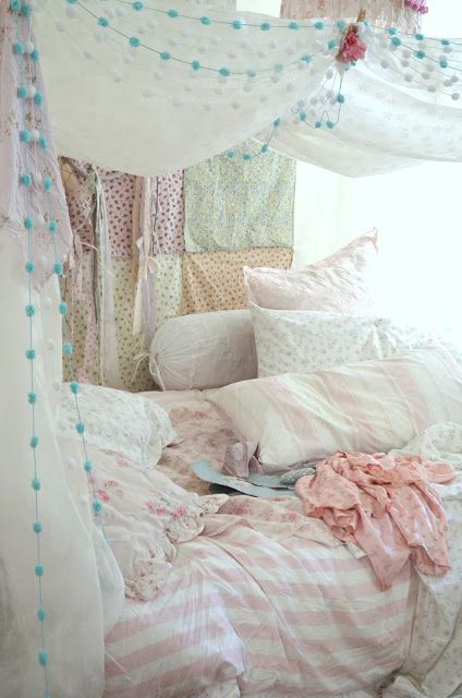Shabby Chic/Boho tent/fort - I am in love with this blog! http://shabbychicgirls.blogspot.com