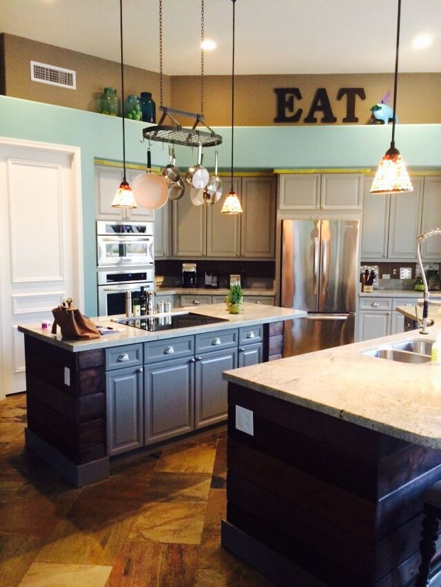 gauntlet gray cabinets gray amp turquoise kitchen wall color sherwin williams 192