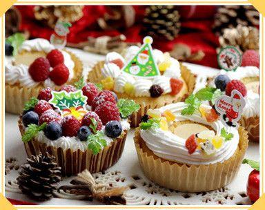 もうすぐクリスマス。クリスマスに欠かせないケーキやクッキーを手作りしたいと思っている人も少なくないはず。時間がなくても、ぶきっちょでも、ホットケーキミックスなら失敗知らずなんです♡話題のHMを使って作る、クリスマススイーツレシピを集めました。