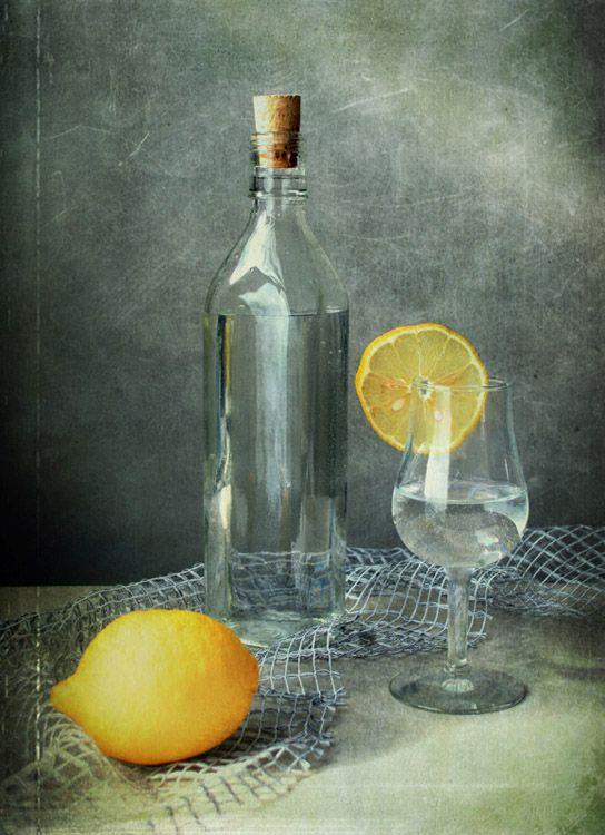 #still #life #photography • photo: Подзарядка | photographer: Jolanta Brigere | WWW.PHOTODOM.COM