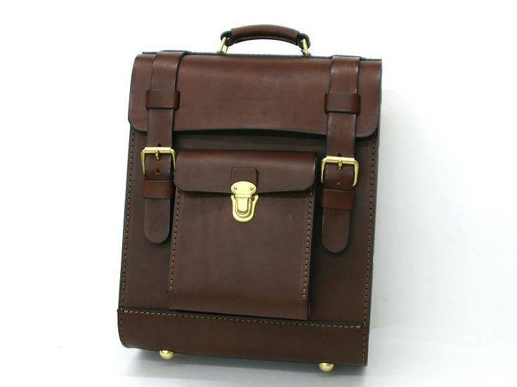 ガロンリュック(R-100)の手作り革鞄・ハンドメイドレザー「HERZ(ヘルツ)公式通販」