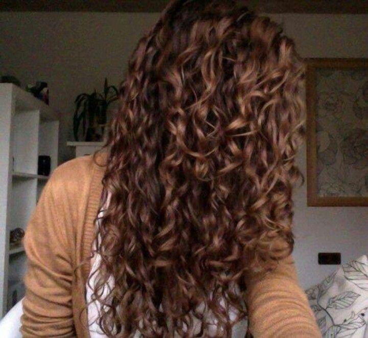 Amazing curls.