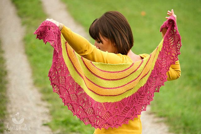 Ravelry: Knit Me pattern by Ágnes Kutas-Keresztes