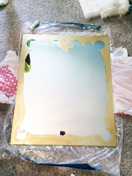 paint a frame on a mirror