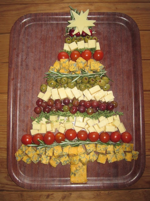 Foodie Quine: Leftover Christmas Cheese? Savoury Christmas Tree