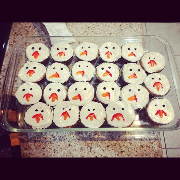 Pumpkin spice cupcake turkeys