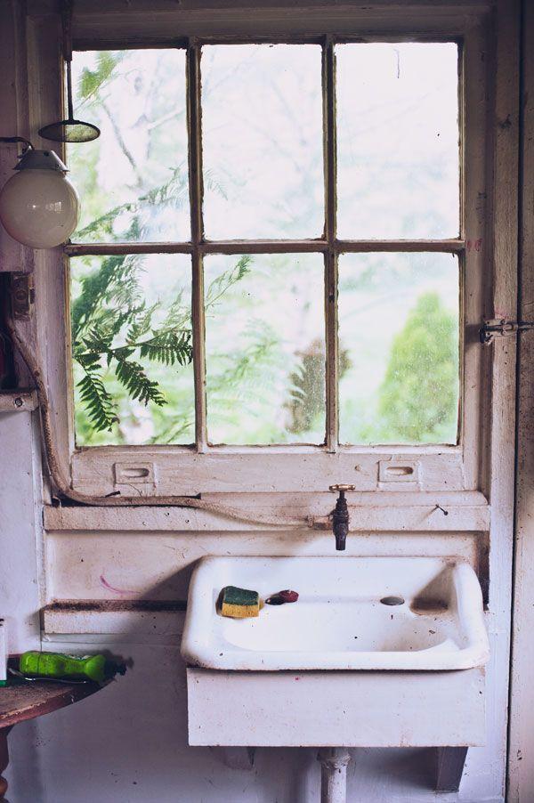 rustic   sink