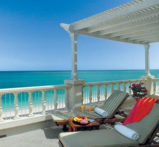 Regent Palms, Turks and Caicos. Book an all inclusive trip to Turks & Caicos on www.click2xscape.com