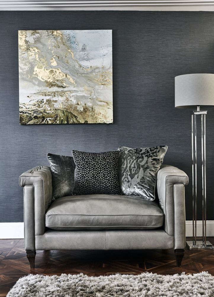 This stylish snuggler is a part of the luxurious Grosvenor range, covered in natural leather that oozes character and ages beautifully, its buttoned top and sides provide a timeless design that it is sure to hold its appeal for years to come.