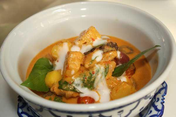 Famous duck curry at Burasari | The Phuket News