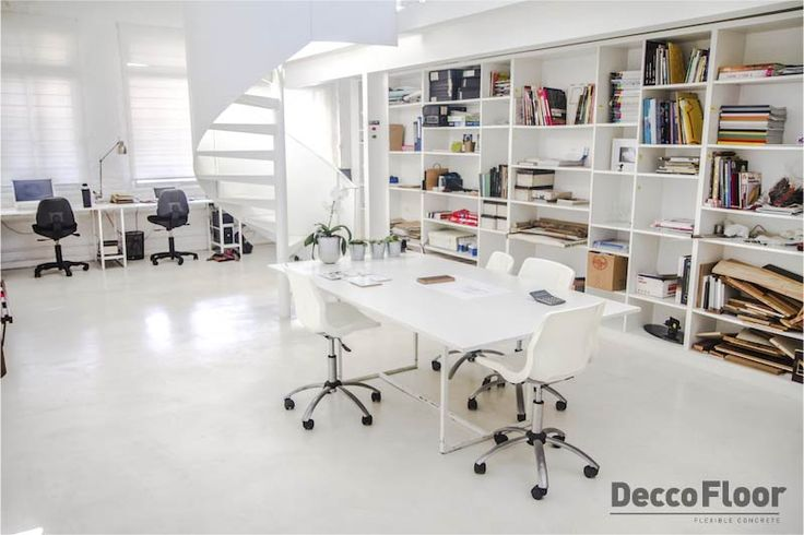 Deccofloor Microtop+ is a seamless flexible microtopping with an elegant finished.  Smooth troweled coating of extreme hardness and flexibility. This makes it Ideal to decorate indoor areas.
