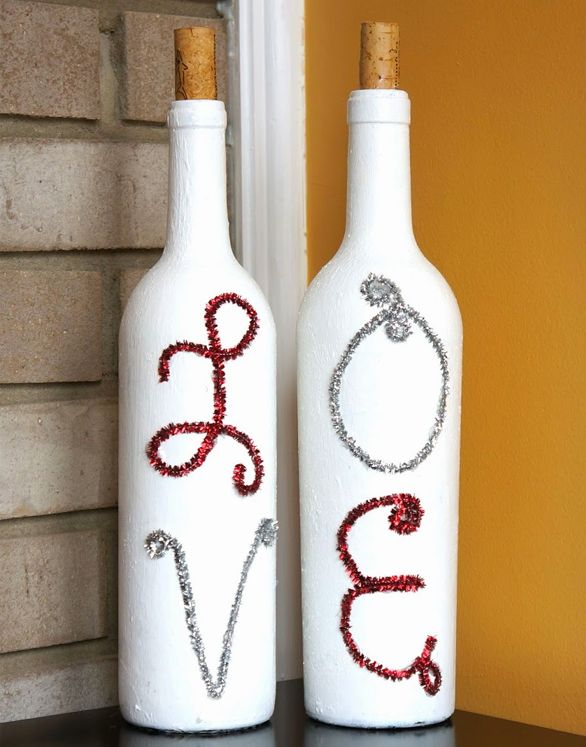 10 creative ideas for interior decorating with wine for Creative ideas for empty wine bottles