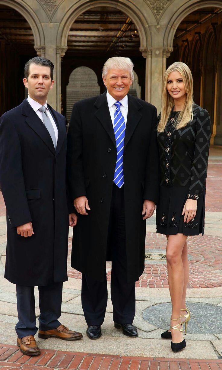 Soo proud they are in our white house!!!!! @michaelsusanno @emmammerrick @emmasusanno  #WeLoveOurFirstFamily #TRUMPS!