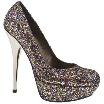 Glitter glitter glitter glitter yay if I could walk in them !!!! My favorite color
