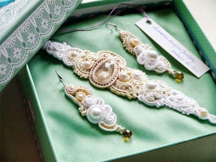 #soutache #set #earrings #bracelet #wedding #cream #pearls #swarovski #silver #www.ludozerna.com