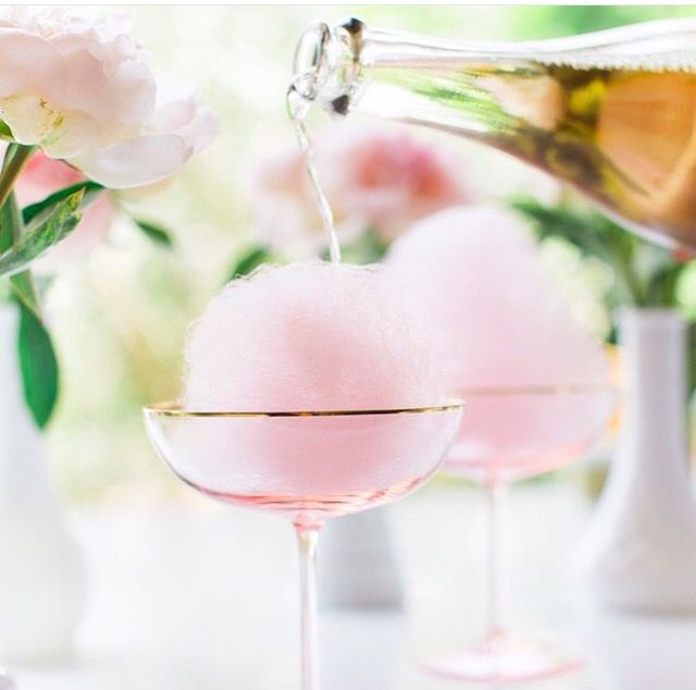 Fairy floss • champagne - wedding cocktail