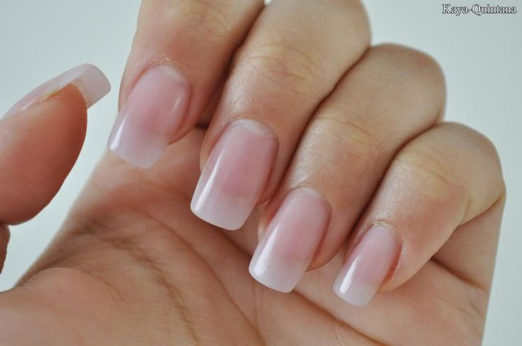 Nagels: Acryl nagels met natuurlijke finish - Kaya-Quintana