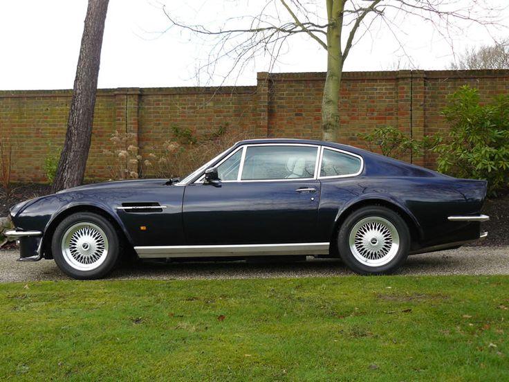 Aston Martin DB8 Vantage