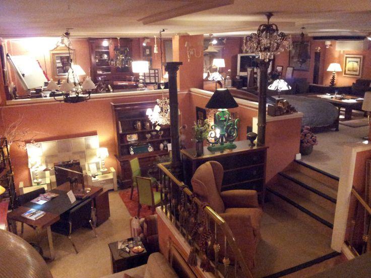 interior detienda que parece el interior del salon de una casa y me parece muy acogedor.Alvaro Fernandez