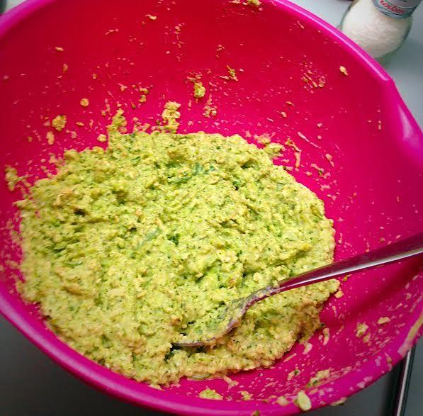 Brokolicové placky (bez múky a tuku) :: Buď FIT...! :)