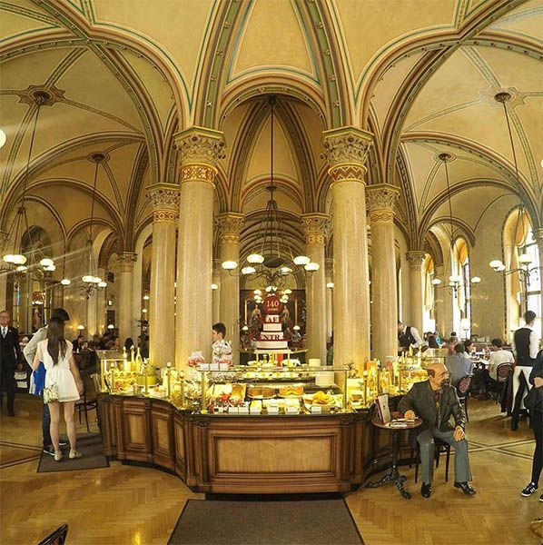 Cafe Central,One of Vienna's most beautiful coffeehouses is Café Central. As you go in you'll instantly be greeted by stunning pillars reaching from floor to ceiling. Tip: When taking photographs make sure you use a very wide angle lens otherwise you won't get as much in the picture.
