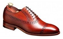 Barker Newton Mens Leather brogue toe cap shoe http://www.robinsonsshoes.com/mens-shoes/barker-newton.html