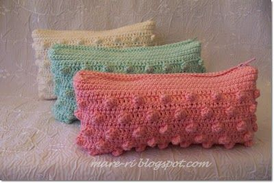 crochet purse....love the colors:))