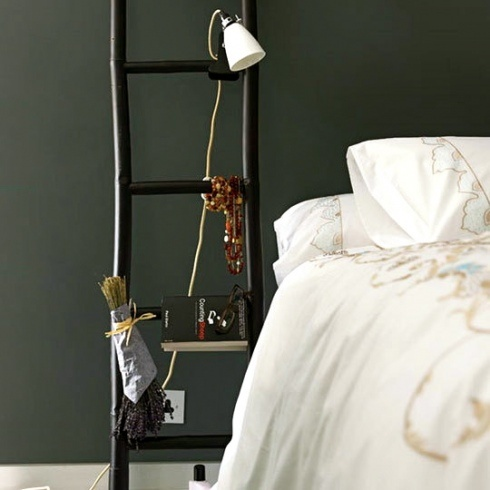 Bed stand!